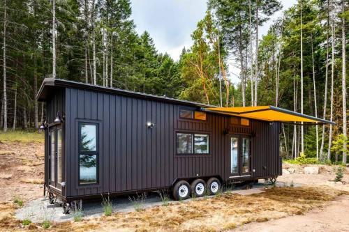 02-podwojnie-rozsuwany-tiny-house-mint-tiny-homes