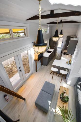 08-podwojnie-rozsuwany-tiny-house-mint-tiny-home