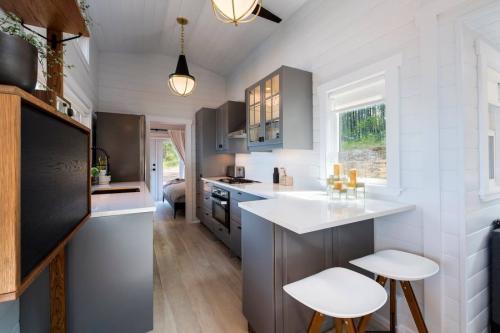 09-podwojnie-rozsuwany-tiny-house-mint-tiny-home