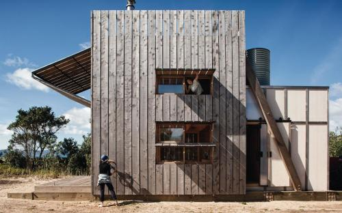 3-hut-on-sleds-crosson-architects