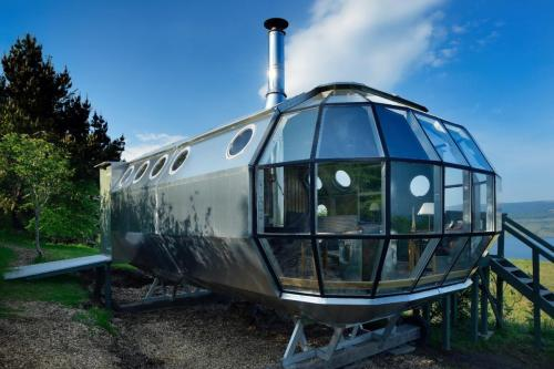 AirShip-tiny-house-01