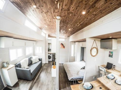 Aurora_Tiny_house_04