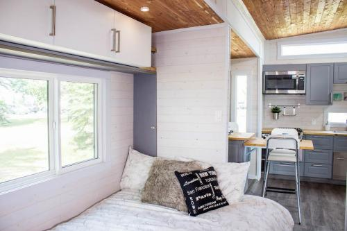 Aurora_Tiny_house_08