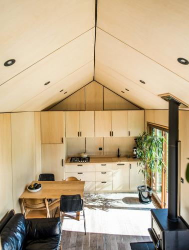 Hawkes Bay tiny house-02