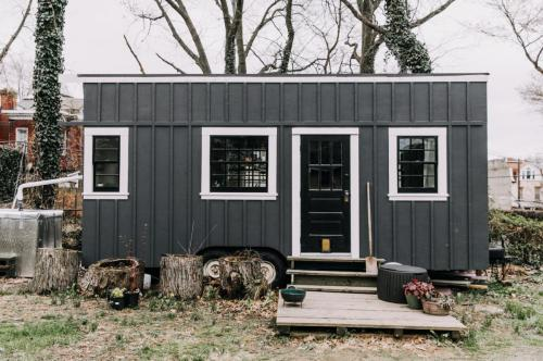 Philadelphia-tiny-house-01