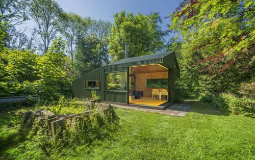 Thoreau-cabin-cc-studio-01
