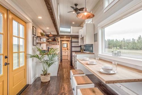 West-Coast-Tiny-House-by-Summit-Tiny-Homes-002