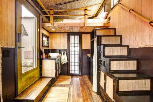 bamboo-tiny-house-05