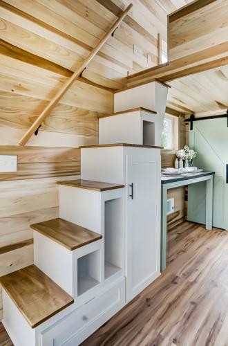 clover-tiny-house-modern-tiny-living-12