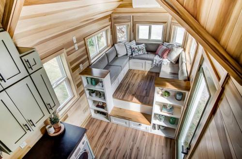 clover-tiny-house-modern-tiny-living-16