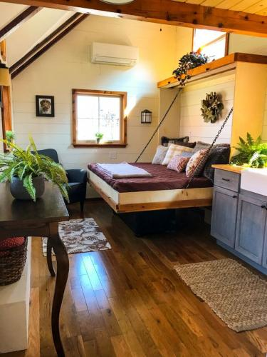 highland_tiny_house_incredible_tiny_homes_11