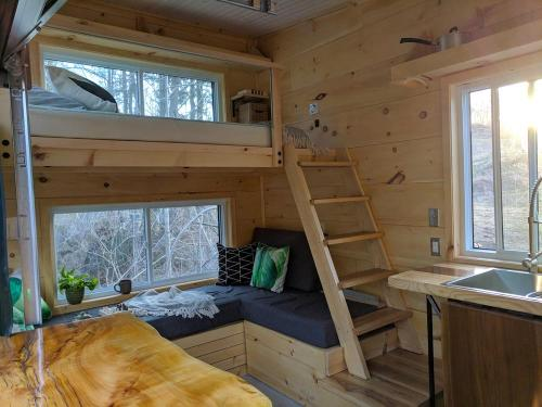 joni-cabn-tiny-house-03