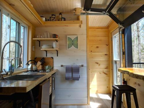 joni-cabn-tiny-house-04