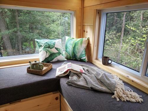 joni-cabn-tiny-house-06