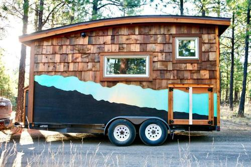 mckenzie-tiny-house-02