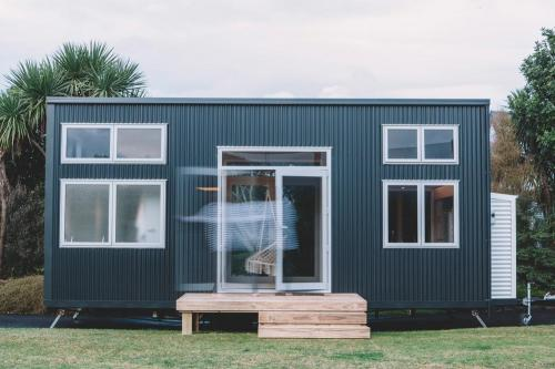 millennial-tiny-house_01