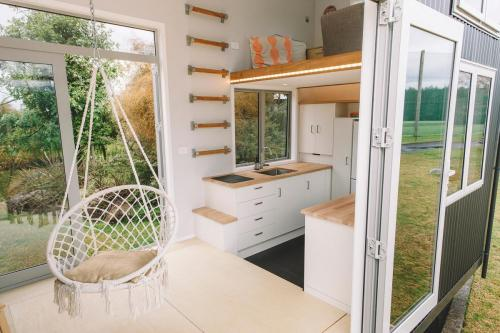 millennial-tiny-house_04