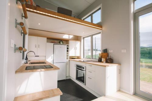 millennial-tiny-house_05