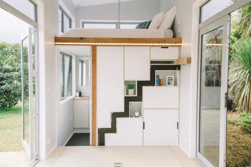 millennial-tiny-house_06