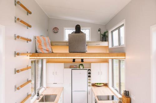 millennial-tiny-house_09