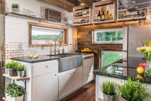 new-frontier-tiny-homes_alpha_10