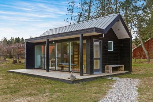 scandinavian-modern-tiny-house-tinyhousepl-01