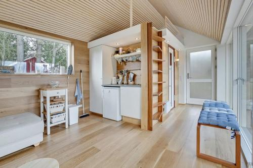 scandinavian-modern-tiny-house-tinyhousepl-07