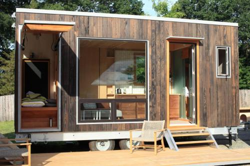 sturgis-cubist-engineering-tiny-house_01