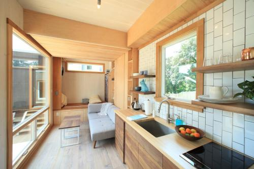 sturgis-cubist-engineering-tiny-house_02