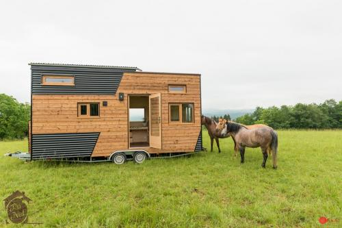 tiny-house-cecile-01